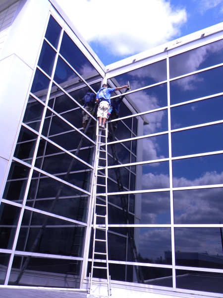 1s-commercial-window-cleaning